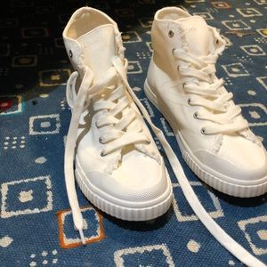 NWOT TRETORN Hightops, Off-white, size 8